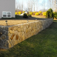 StoneMakers Fieldstone wall