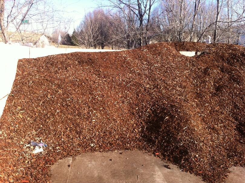 Pine bark mulch for tulsa landscape