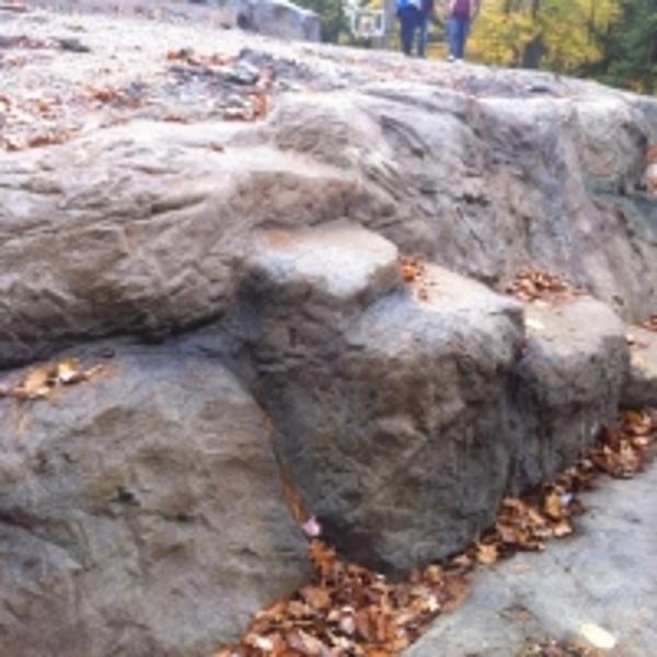 StoneMakers Boulders
