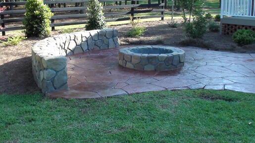 Stonemaker Fire pit & seatwall