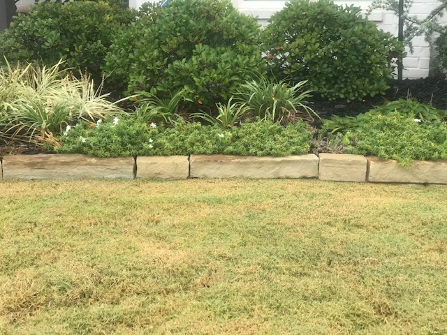Brick Chopped Ozark Tan by Tulsa Landscape edging